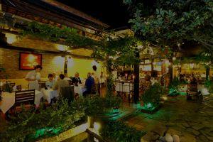 Secret-Garden-Restaurant-Hoi-An-Vietnam-003.jpg