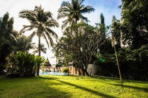 Sense-Beach-Resort-Samui-Thailand-Garden.jpg