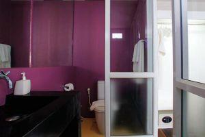 Seven-Design-Hotel-Bangkok-Thailand-Bathroom.jpg