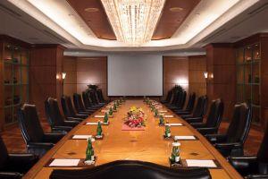 Shangri-la-Hotel-Jakarta-Indonesia-Meeting-Room.jpg
