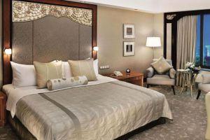 Shangri-la-Hotel-Jakarta-Indonesia-Room.jpg