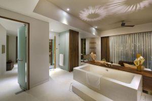 Shells-Resort-Spa-Phu-Quoc-Island-Vietnam-Bathroom.jpg