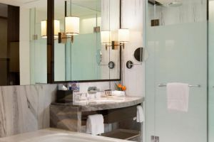 Sheraton-Grand-Gandaria-City-Hotel-Jakarta-Indonesia-Bathroom.jpg