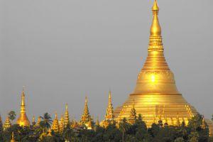 Shwedagon-Pagoda-Yangon-Myanmar-004.jpg