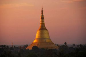 Shwemawdaw-Paya-Bago-Region-Myanmar-001.jpg