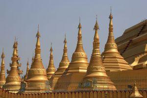 Shwemawdaw-Paya-Bago-Region-Myanmar-002.jpg