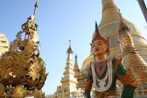 Shwemokhtaw-Pagoda-Ayeyarwady-Region-Myanmar-004.jpg