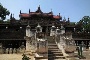 Shwenandaw-Monastery-Mandalay-Myanmar-002.jpg