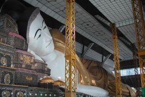 Shwethalyaung-Buddha-Bago-Region-Myanmar-002.jpg