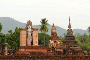 Si-Satchanalai-Historical-Park-Sukhothai-Thailand-003.jpg