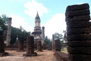 Si-Satchanalai-Historical-Park-Sukhothai-Thailand-006.jpg
