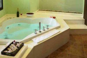 Siam-Society-Hotel-Resort-Bangkok-Thailand-Bathroom.jpg