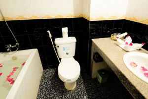 Siem-Reap-Niche-Hotel-Siem-Reap-Cambodia-Bathroom.jpg