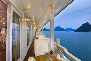 Signature-Cruise-Halong-Vietnam-Terrace.jpg