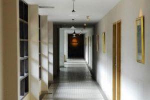 Silom-Village-Inn-Bangkok-Thailand-Corridor.jpg