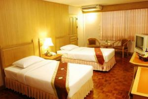 Silom-Village-Inn-Bangkok-Thailand-Room-Twin.jpg