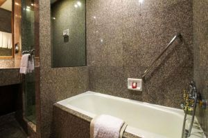 Sima-Thani-Hotel-Nakhon-Ratchasima-Thailand-Bathroom.jpg
