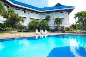 Sima-Thani-Hotel-Nakhon-Ratchasima-Thailand-Pool.jpg
