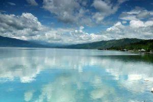 Singkarak-Lake-West-Sumatra-Indonesia-003.jpg