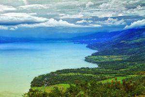 Singkarak-Lake-West-Sumatra-Indonesia-004.jpg