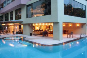 Siri-Sathorn-Hotel-Bangkok-Thailand-Pool.jpg