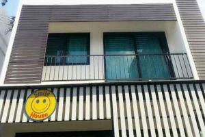 Smile-House-Samui-Thailand-Building.jpg