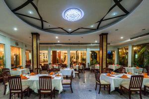 Smiling-Hotel-Spa-Siem-Reap-Cambodia-Restaurant.jpg