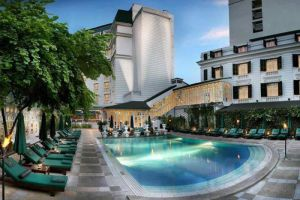 Sofitel-Legend-Metropole-Hotel-Hanoi-Vietnam-Pool.jpg