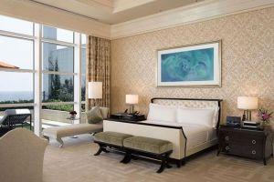 Solaire-Resort-Casino-Manila-Philippines-Room.jpg