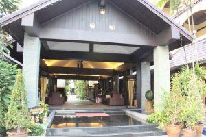Splendid-Resort-Jomtien-Pattaya-Thailand-Entrance.jpg