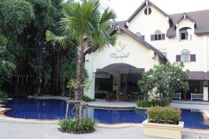 Splendid-Resort-Jomtien-Pattaya-Thailand-Pool.jpg