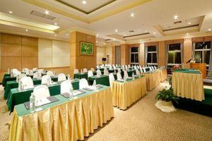 Springfield-Beach-Resort-Cha-Am-Thailand-Meeting-Room.jpg