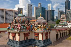 Sri-Mariamman-Temple-Singapore-004.jpg