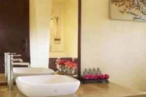 Sri-Ping-Resort-Chiang-Mai-Thailand-Bathroom.jpg