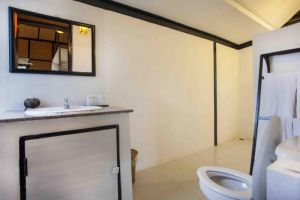 Srilanta-Resort-Lanta-Thailand-Bathroom.jpg