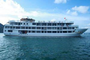 Starlight-Cruise-Halong-Vietnam-Overview.jpg