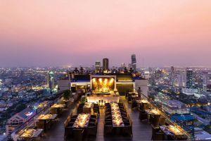 State-Tower-Bangkok-Thailand-02.jpg