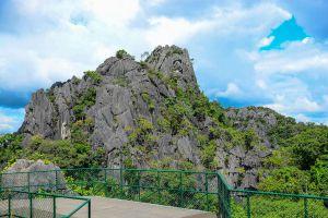 Suan-Hin-Pha-Ngam-Park-Loei-Thailand-01.jpg