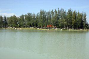 Suan-Khwan-Muang-Yala-Thailand-02.jpg