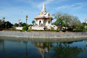 Suan-Khwan-Muang-Yala-Thailand-08.jpg