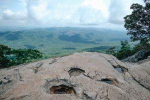 Sud-Phan-Din-Viewpoint-Pa-Hin-Ngam-National-Park-Chaiyaphum-Thailand-04.jpg