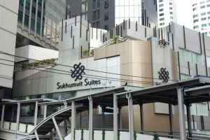 Sukhumvit-Suites-Hotel-Bangkok-Thailand-Exterior.jpg