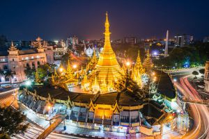 Sule-Pagoda-Yangon-Myanmar-001.jpg
