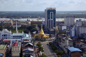 Sule-Pagoda-Yangon-Myanmar-004.jpg