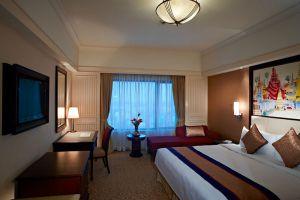 Sule-Shangri-La-Hotel-Yangon-Myanmar-Room.jpg