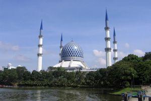 Sultan-Ahmad-Shah-State-Mosque-Pahang-Malaysia-005.jpg