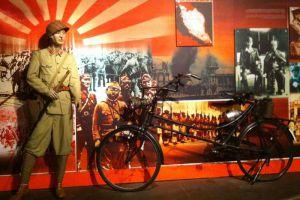 Sultan-Alam-Shah-Museum-Selangor-Malaysia-003.jpg