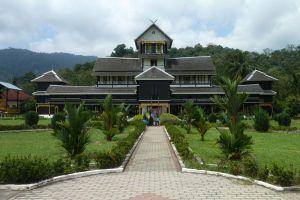 Sultanate-Palace-Museum-Malacca-Malaysia-007.jpg