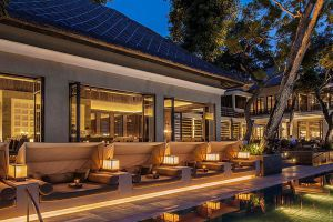 Sundara-Restaurant-Bali-Indonesia-004.jpg