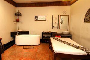 Sunlake-Hotel-Jakarta-Indonesia-Massage-Room.jpg